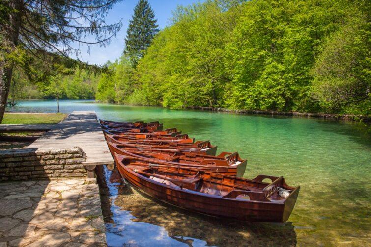 Barques aux lacs de plitvice