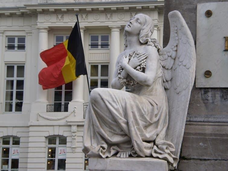 Ange symbolisant la Révolution Belge.