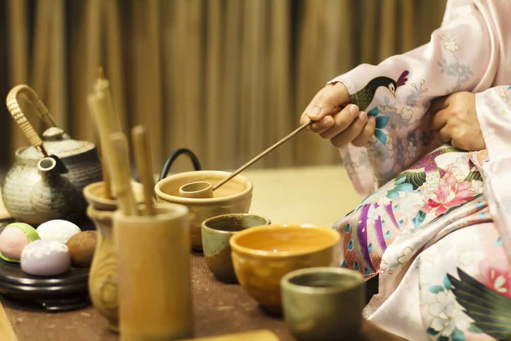 Cérémonie traditionnelle du thé au Japon