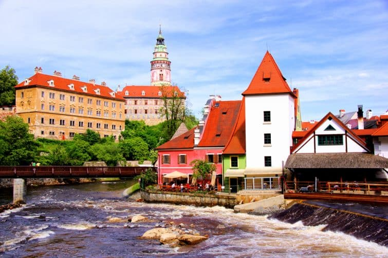 View of medieval Cesky Krumlov with castle, Czech Republic