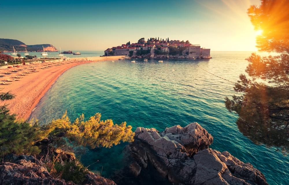 Ecco i luoghi più belli da visitare in Montenegro durante ...