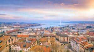 Vue de dessus du ciel de Genève depuis la cathédrale Saint-Pierre en Suisse