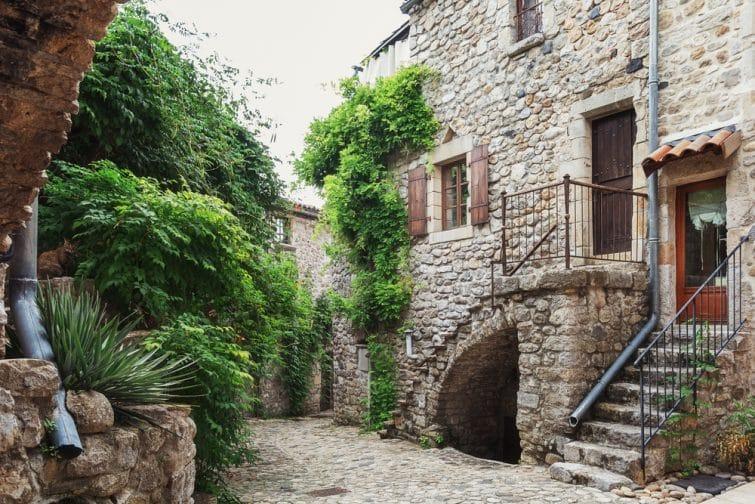Le village de Lanas
