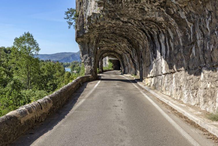 Un tunnel naturel, en Ardèche