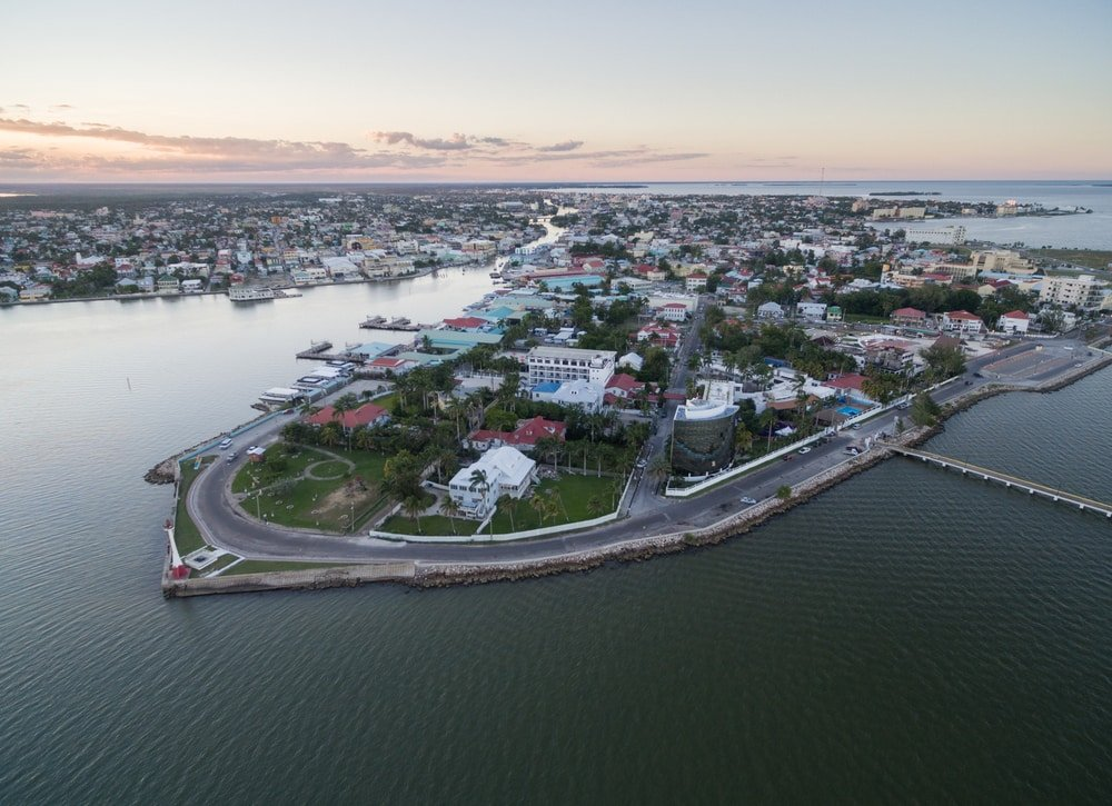 Panorama aérien de Belize City