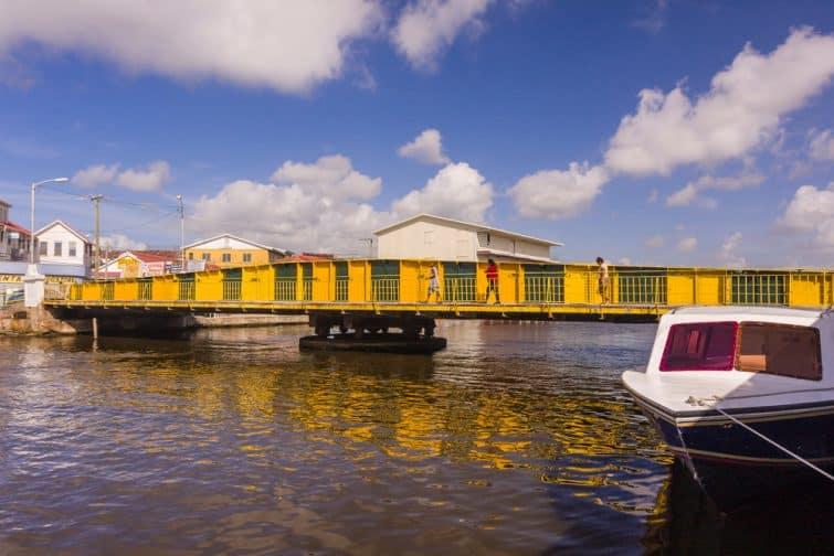 Le pont tournant de Belize City