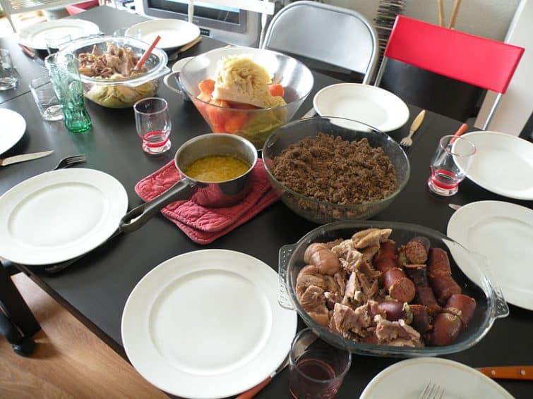 Le Kig-Ha-Farz, issu de la gastronomie bretonne