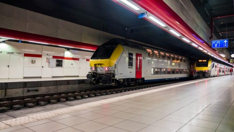 Le train à l'aéroport de Bruxelles