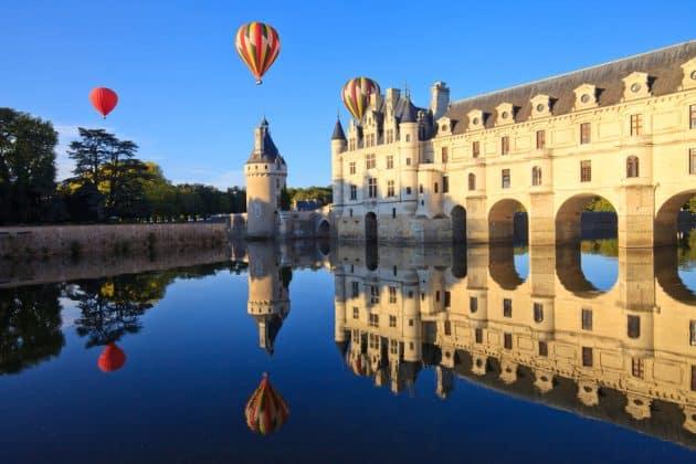 Comment survoler les châteaux de la Loire en montgolfière ?
