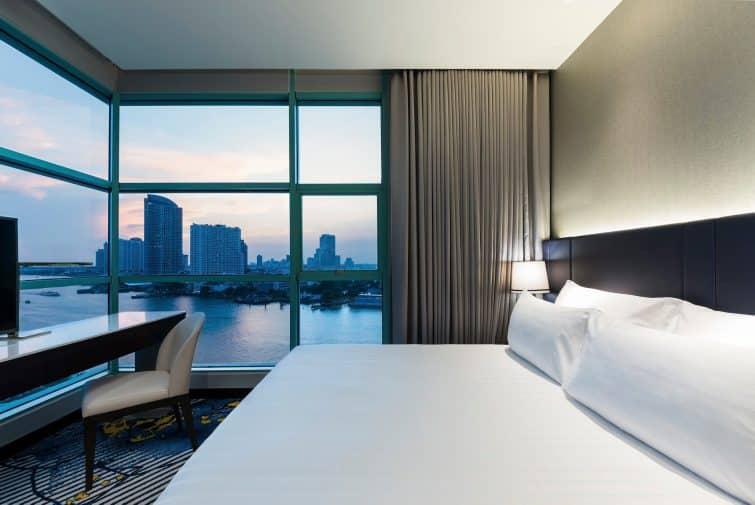Chambre avec vue à l'hôtel Chatrium Riverside, Bangkok