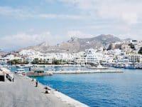 Port de Naxos en Grèce