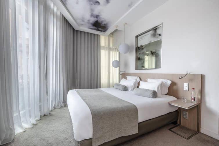 Chambre à l'hôtel le Grand Balcon, Toulouse