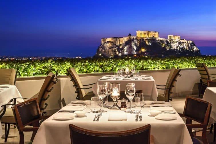 Restaurant avec vue à l'hôtel de Grande-Bretagne, Athènes