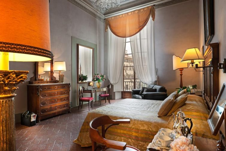 Chambre dans l'hôtel  Hotel Palazzo Guadagni, Florence
