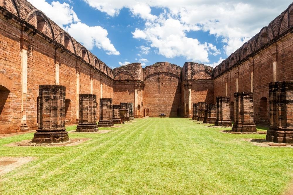 Ruines à Jesus del Tavarangue, Paraguay
