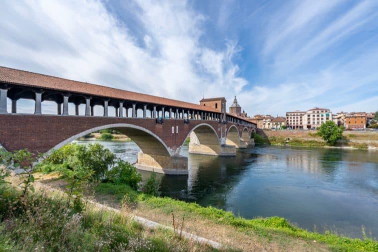 Pavie et le Ponte Coperto