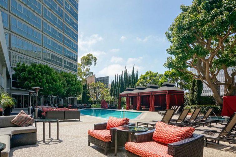 Piscine du Sheraton Gateway Los Angeles