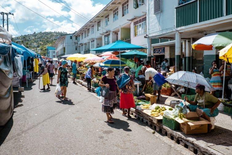 Marché local à Castries, Sainte-Lucie