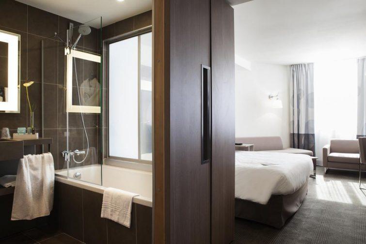 Chambre dans l'hôtel Novotel, Toulouse
