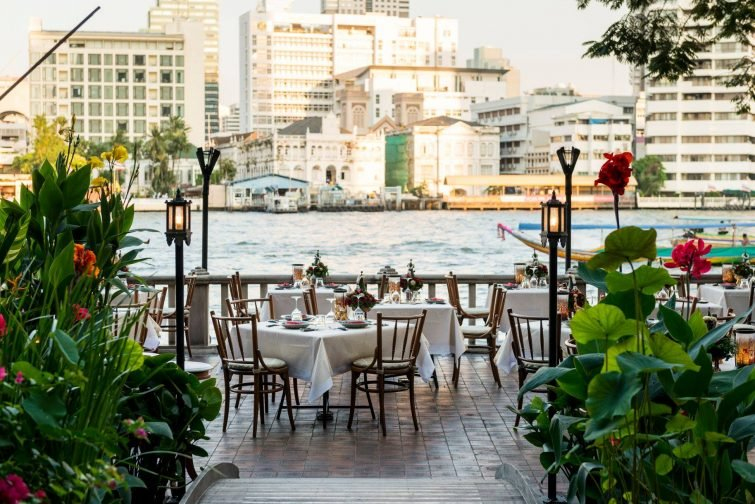 Restaurant avec vue sur la rivière Chao Praya, Peninsula Hotel, Bangkok