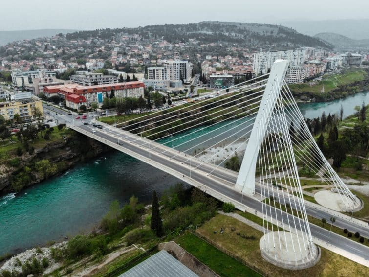Le Pont Millenium