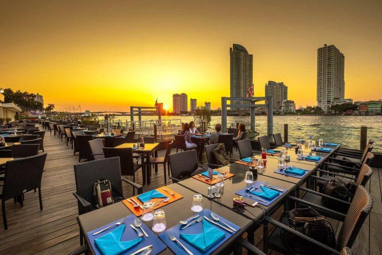 Rooftop à l'hôtel Ramada Plaza, Bangkok