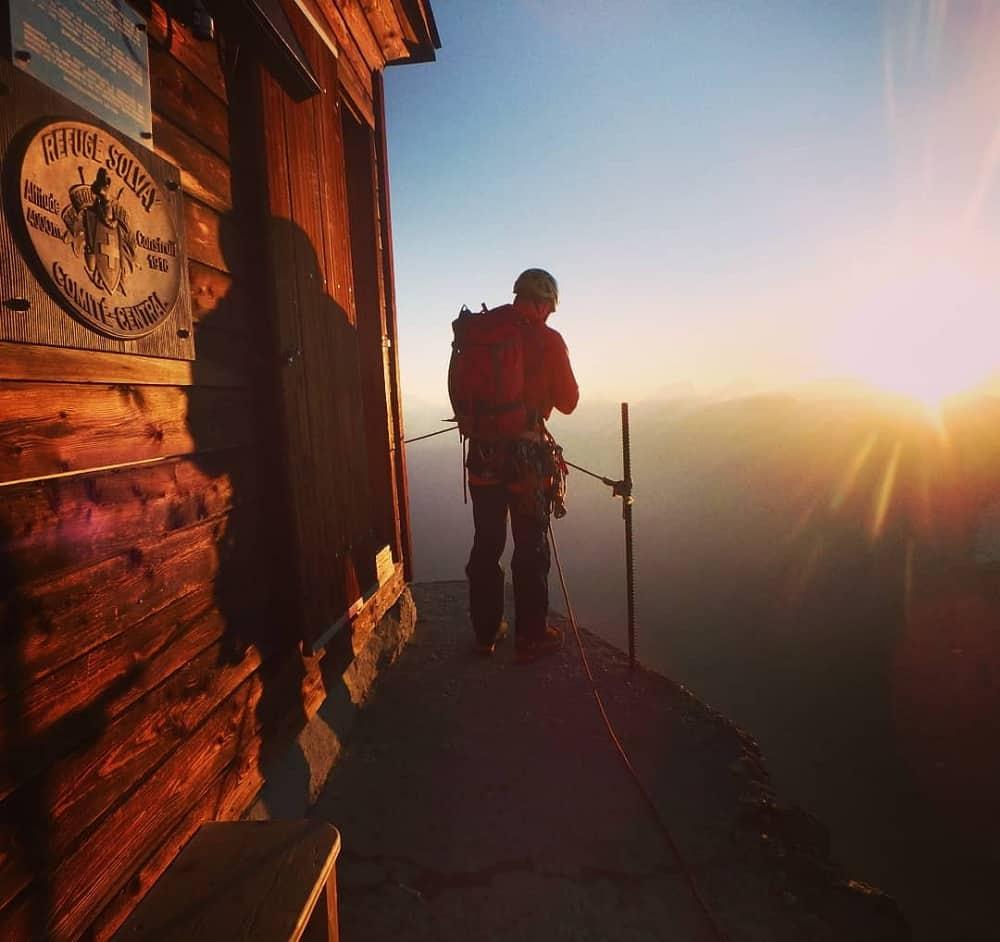 Alpiniste au refuge Solvay, Suisse