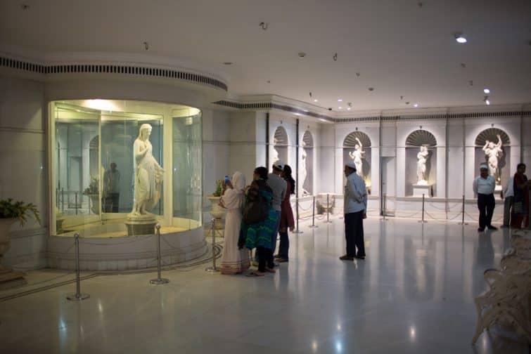 Intérieur du musée Salar Jung, Hyderabad, Inde