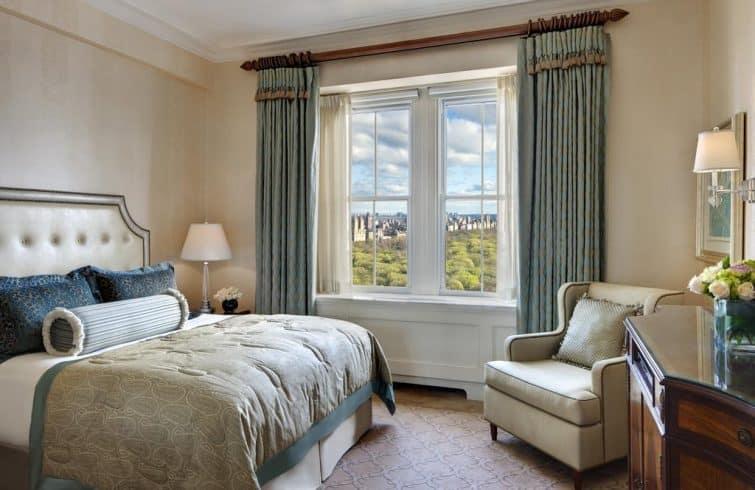 Chambre avec vue à l'hôtel The Pierre, New York