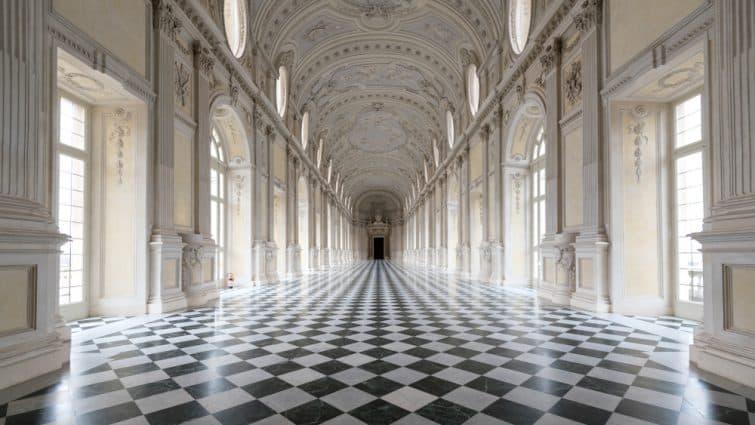 À l'intérieur du palais de Venaria Reale