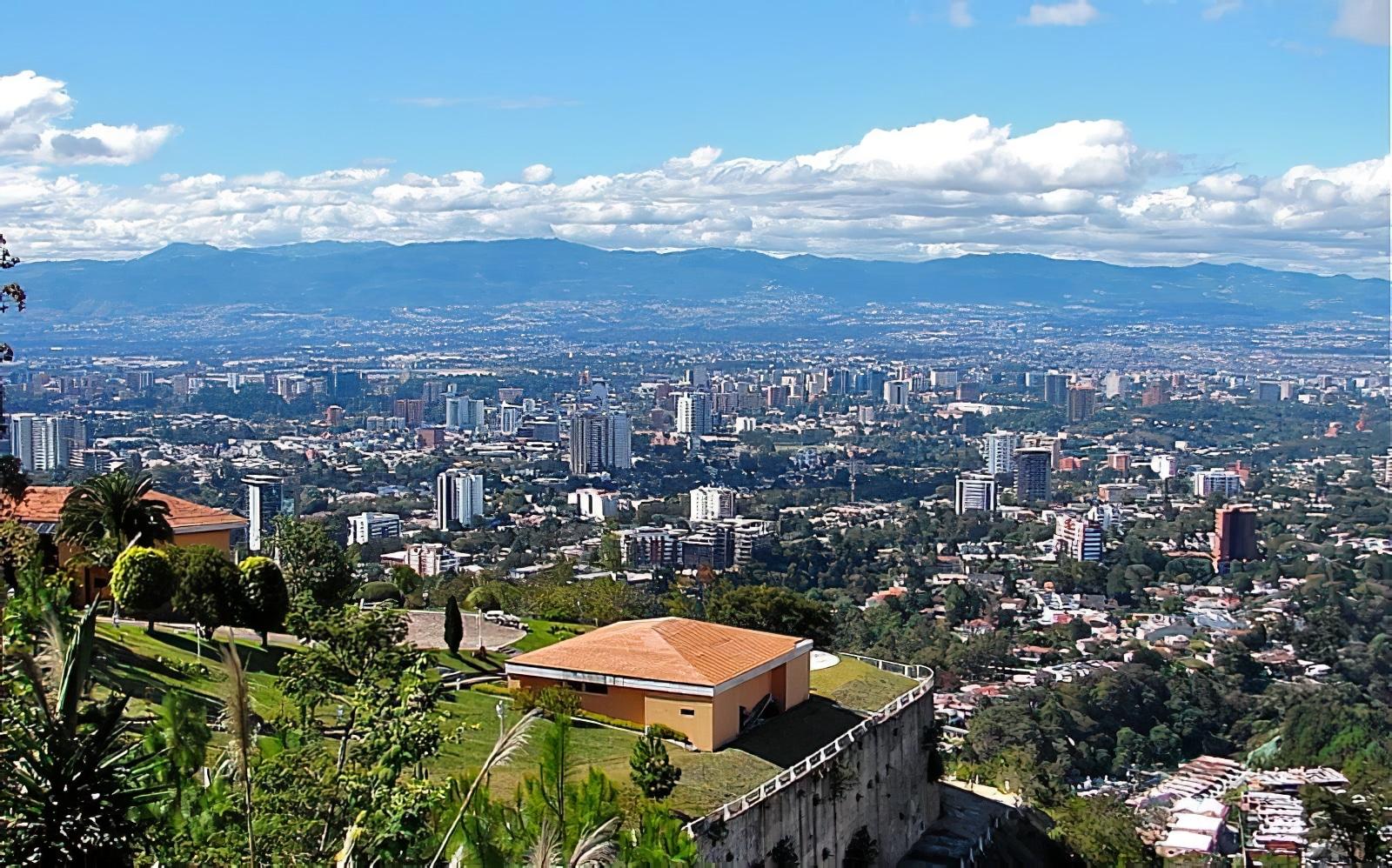 Vue panoramique sur Guatemala City