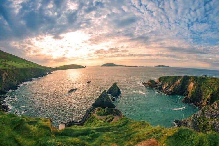 Anneau de la péninsule de Dingle Kerry Irlande Dunquin Pier Port Rock Stone Paysage marin