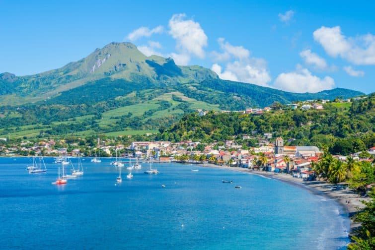 Baie des Caraïbes Saint-Pierre en Martinique à côté du volcan de la Montagne Pelée