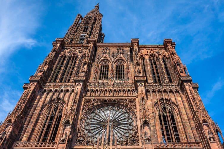 La cathédrale Notre-Dame de Strasbourg en Alsace, France