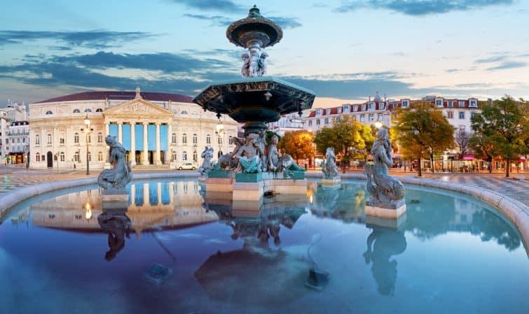 Lisbonne, Portugal sur la place Rossio