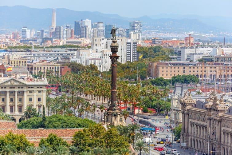 Vue sur Barcelone et le Mirador de Colom