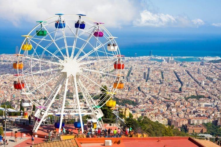 Grande roue au parc d'attraction Tibidabo, Barcelone