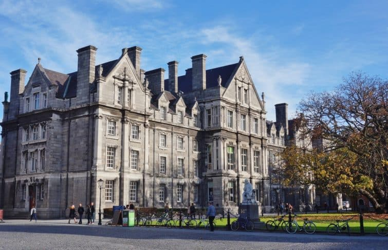 Trinity College is located in the center of the Irish capital around College Green.