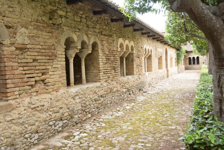 Abbaye de San Giovanni in Venere
