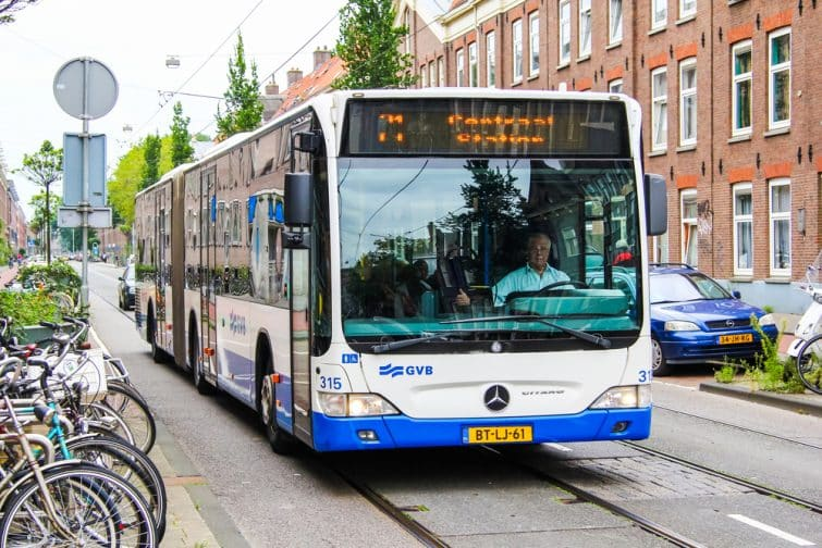 bus amsterdam