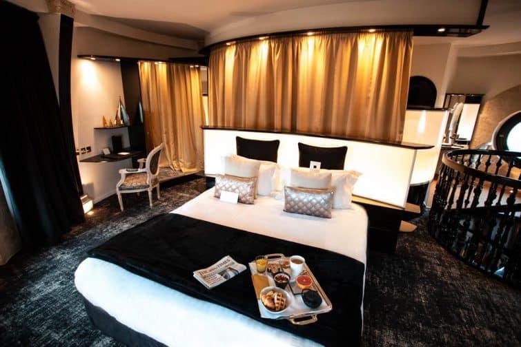 Chambre à l'hôtel Carlton, Lille