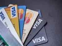 Assurance voyage : ma carte Visa ou Mastercard suffit-elle ?