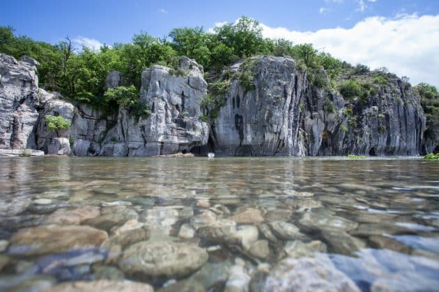 9 endroits où faire du canyoning en Ardèche