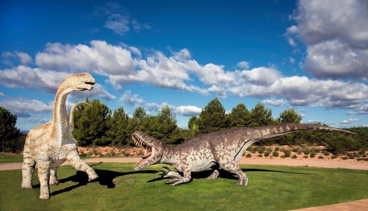 Figurines de dinosaures à Dinopolis, Teruel