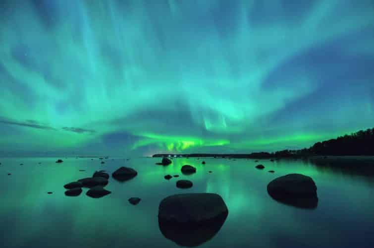 Partez à la découverte de la Finlande en camping-car. Et admirez des aurores boréales