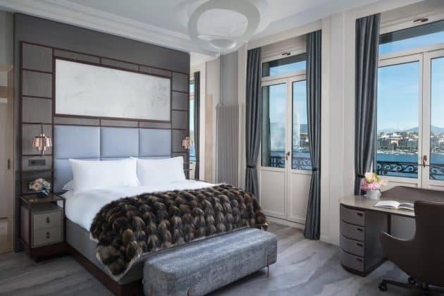 Chambre d'hôtel au Ritz Carlton, Genève