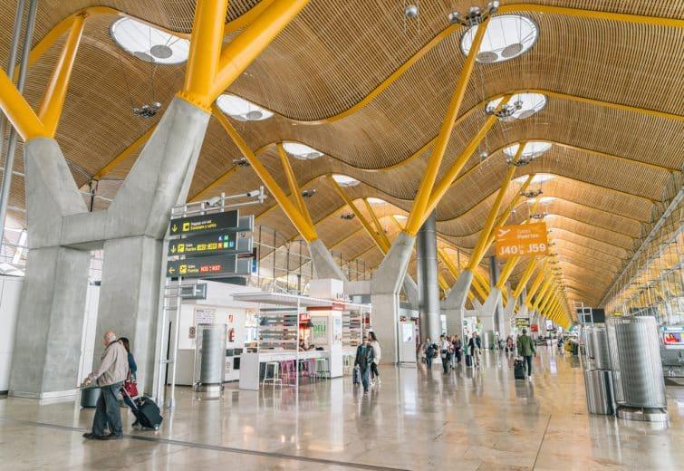 intérieur aéroport madrid