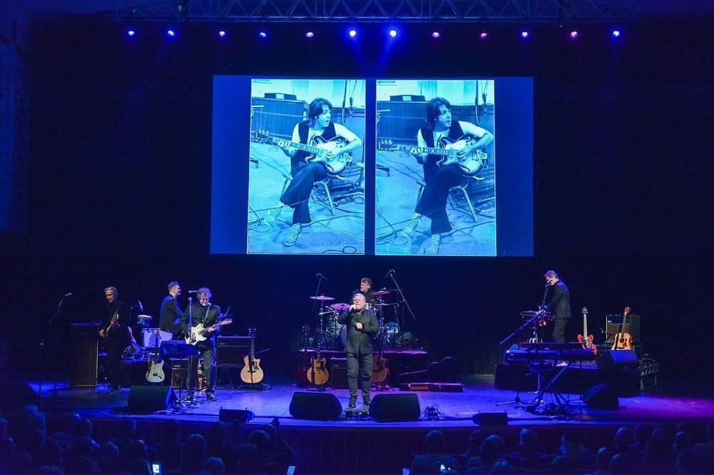 Concert à l'BeatleWeek Festival, Liverpool