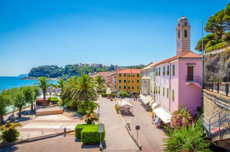 La ville de Savona, en Ligurie