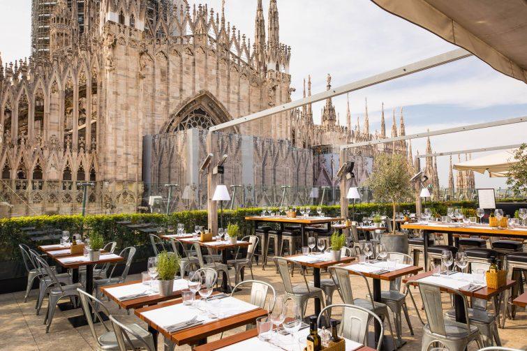 Terrasse avec vue sur le Dôme de Milan, Obica Duomo